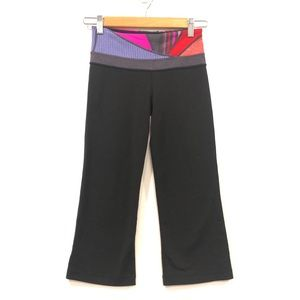 lululemon Groove Crop Black Size 2